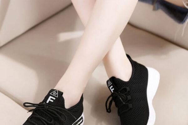 รองเท้าผ้าใบ ผู้หญิง ทรงสลิปออน